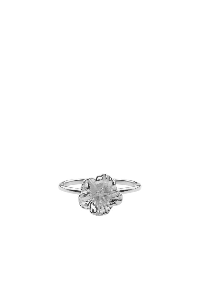 Hellebore Ring