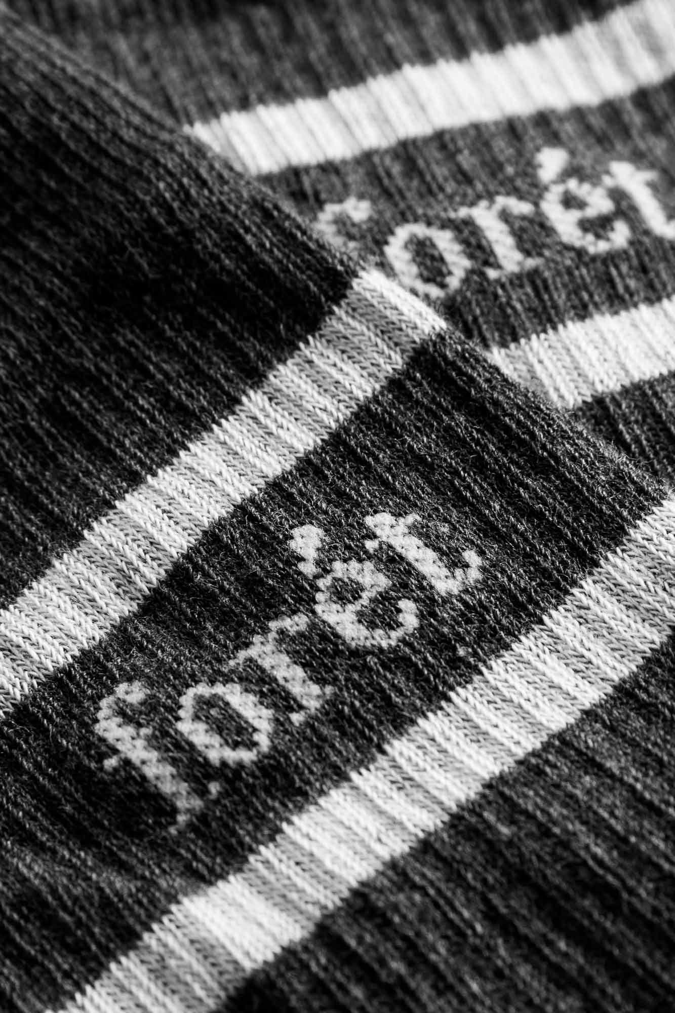 Ant socks 680, ASH