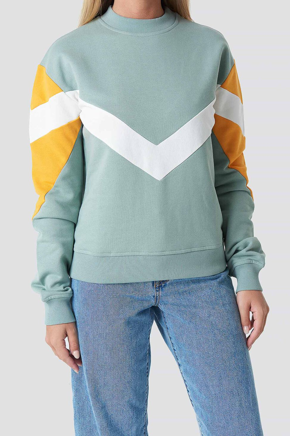 Blocked Sweater 1100-001030