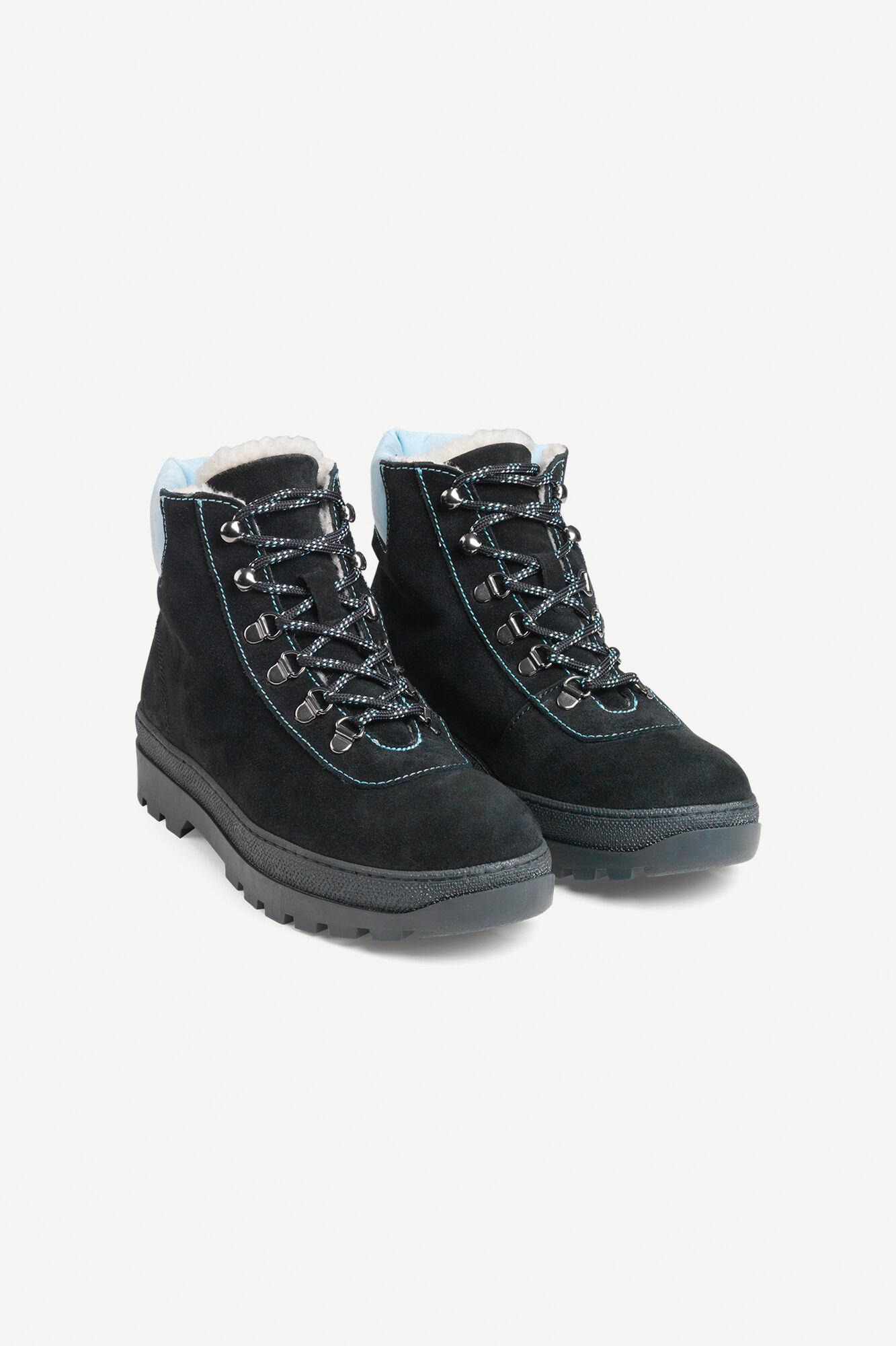 Hiker boot 6724